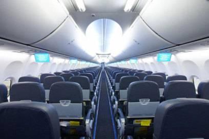 Kabine eines Mittelstrecken-Fliegers von Tuifly: Das Kabinenlayout auf Strecken innerhalb Europas unterscheidet sich kaum