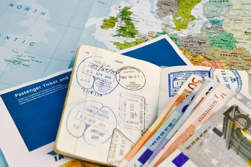 Mithilfe von Kreditkarten lassen sich mittlerweile ganz einfach Flugmeilen sammeln. Ein Deutscher will jetzt herausgefunden haben, wie man daraus mit nur 4800 Euro Einsatz zum Meilenmillionär werden kann