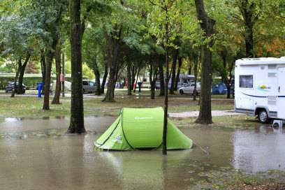 Extreme Wetterverhältnisse machen aus dem Campingspaß schnell: Campingfrust