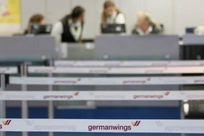 Der Check-in-Schalter von Germanwings am Flughafen Tegel in Berlin