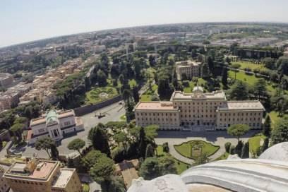 Die Vatikanischen Gärten, gesehen vom Dach des Petersdoms aus
