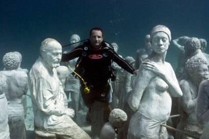 Jason deCaires Taylor mit seinen Skulpturen