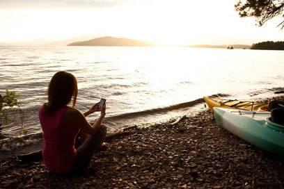 Was ist uns wichtiger – Der Blick auf einen schönen Sonnenuntergang oder der aufs Smartphone?