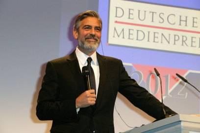 George Clooney bekam den Deutschen Medienpreis am 26. Februar 2013 für sein humanitäres Engagement verliehen