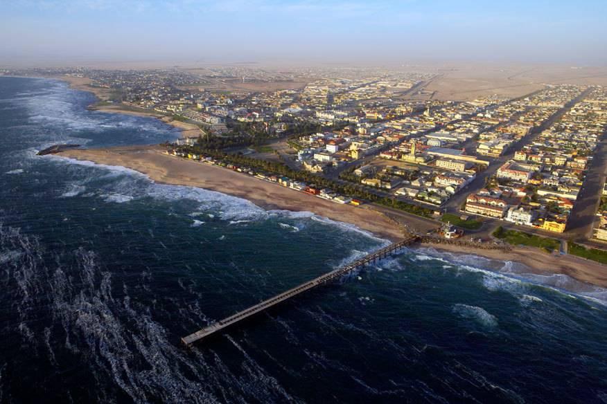 Swakopmund liegt in der Wüste Namib direkt am Atlantik. Einst war die Stadt der wichtigste Hafen für Einwanderer aus Deutschland.