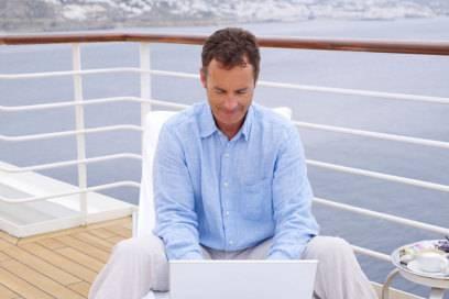 Besser offline arbeiten: Internet ist oft teuer an Bord