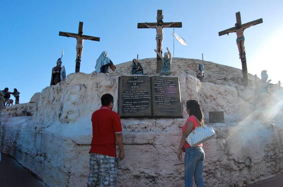 Kreuzigungsszene in Tierra Santa in Buenos Aires.