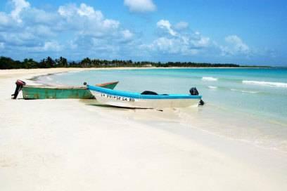 Bounty-Insel: Saona lädt mit türkisfarbenem Wasser und weißen Stränden zum Baden ein