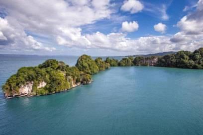 """Ab ins Paradies: Der Nationalpark Los Haitises auf Samaná ist nur über das Wasser zu erreichen und eine der Hauptattraktionen der """"DomRep"""""""