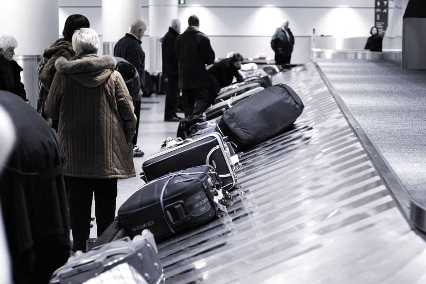"""Dank eines eingebauten Chips im neuen """"smarten"""" Koffer sollen Besitzer künftig erfahren, wann ihr Koffer auf dem Gepäckband eingetroffen ist."""