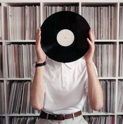 Vinyl erlebt schon lange eine Renaissance, eine üppige Plattensammlung ist für viele eine Art Statussymbol