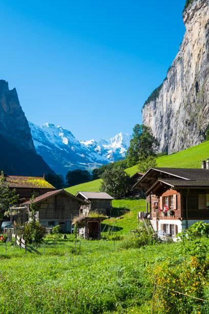 Günstig ist die Schweiz aus deutscher Sicht nicht, aber schön haben es unsere Nachbarn allemal: hier Lauterbrunnen im Berner Oberland