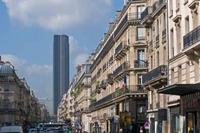 Den Tour Montparnasse, der einzige Wolkenkratzer in der Pariser Innenstadt, finden viele hässlich
