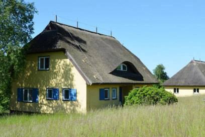Die ehemaligen Ferienhäuser für Ulbricht oder Honecker auf Vilm sind heute unbewohnt und dienen als Seminarräume.