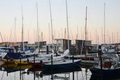 Rügens größte Marina: Am Hafen von Lauterbach finden 400 Boote Platz
