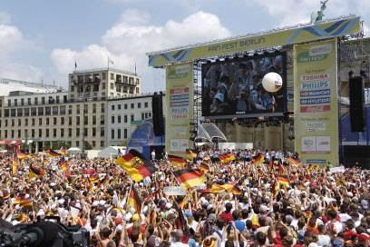 Die deutsche Nationalmannschaft 2006 auf der Fanmeile am Brandenburger Tor