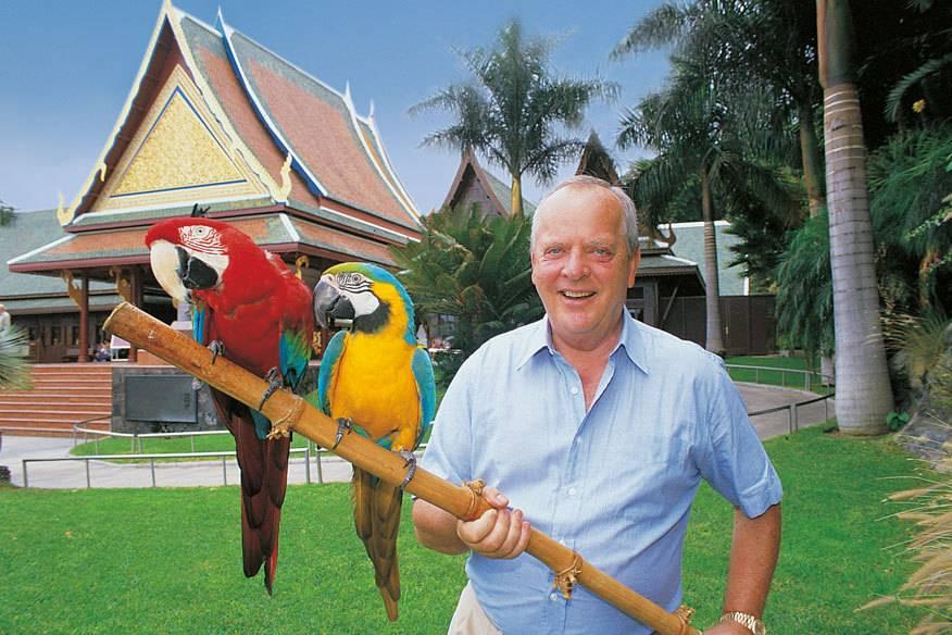 Wolfgang Kiessling in dem von ihm gegründeten Loro Parque
