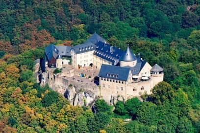 Das Schloss Waldeck befindet sich im Naturpark Kellerwald-Edersee