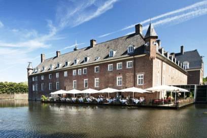 Die Ursprünge des Wasserschlosses gehen bis ins 12. Jahrhundert zurück