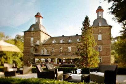 Urlauber haben gewählt: Deutschlands 8 beliebteste Burghotels ...