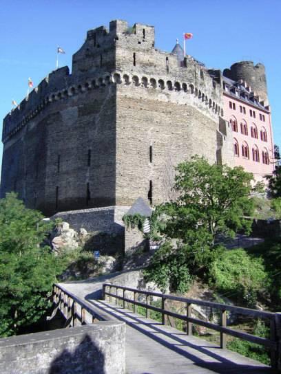 Erstmals urkundlich erwähnt wurde die Schönburg 1149