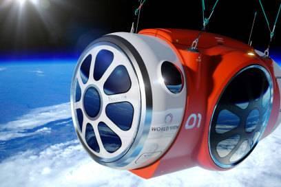 In dieser Kapsel geht es Richtung Weltall, in die Lüfte gezogen wird sie von einem riesigen Ballon (siehe auch Bild oben)