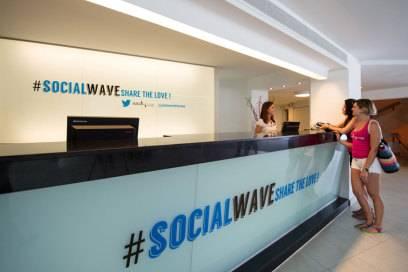 """Ebenfalls ein Trendsetter: Das Twitter-Hotel """"Sol Wave House"""" auf Mallorca"""