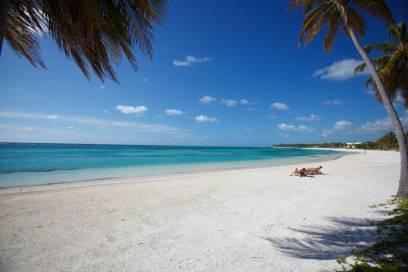"""Atemberaubende Natur, geniale Strände und manchmal sogar echte Robinson-Gefühle: Die Perle der Karibik hat weit mehr zu bieten als bloß """"All-inclusive""""."""