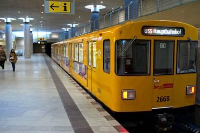 Die U55 an ihrer Endstelle im Hauptbahnhof