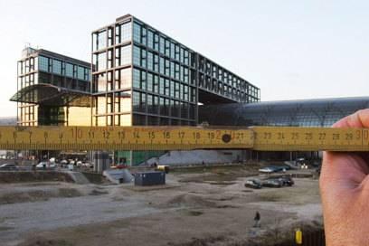 Sehr viel kürzer, als vom Architekt geplant: das Glasdach des Berliner Hauptbahnhofs