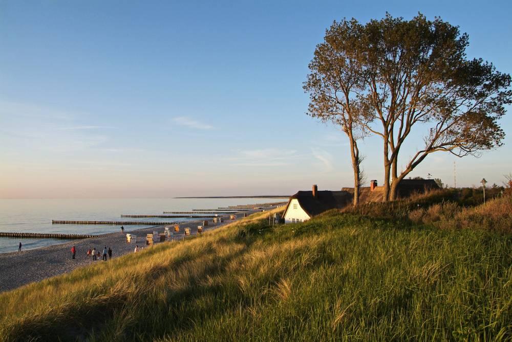 Weststrand auf der Ostsee-Halbinsel Fischland-Darß-Zingst