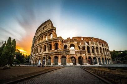 Das Kolosseum in Rom steht unter Unesco-Schutz. Zwei Amerikanerinnen hielt das nicht ab, ihre Initialen einzuritzen.