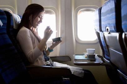 Nicht immer gibt das Essen im Flugzeug Anlass zur Freude – Wissenschaftler wollen in einer Studie nun eine Erklärung gefunden haben