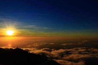 Highlight für Aktivurlauber auf Lombok: der Aufstieg auf den Vulkan Rinjani
