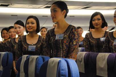 Ausschließlich Asiatinnen kommen bei Singapore Airlines als Flugbegleiterinnen infrage