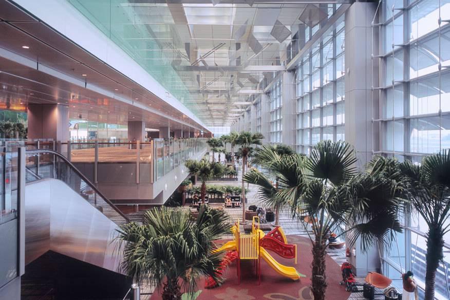 """Der Airport Changi in Singapur wurde in der Kategorie """"Flughäfen mit mehr als 40 Millionen Passagieren"""" ausgezeichnet"""