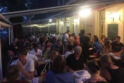 Bei Il Casolare sitzt man besonders nett: am Kreuzberger Planufer