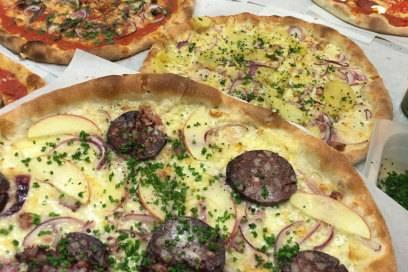 Im Gasthaus Figl sieht die Pizza etwas anders aus – und ist umso leckerer!