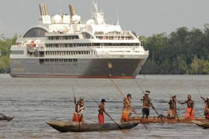 Begegnung mit anderen Kulturen: Expeditionskreuzfahrten bieten besondere Einblicke