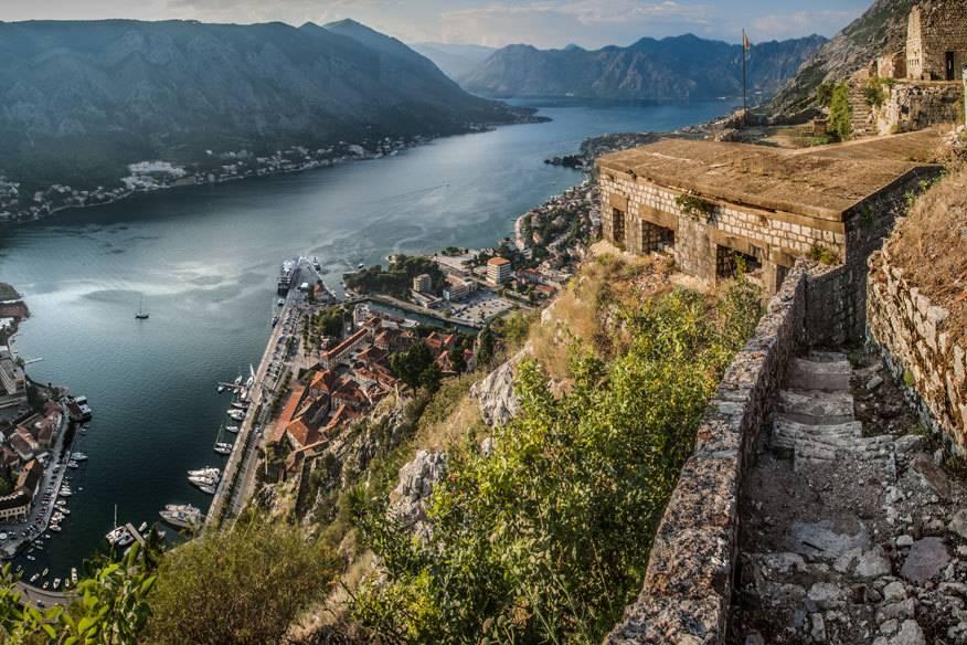 Die Bucht von Kotor wird zuweilen auch als südlichster Fjord Europas bezeichnet, obwohl sie genaugenommen kein richtiger Fjord ist