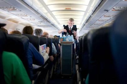 In der letzten Reihe gibt es eine ganze Menge Gründe, die einen Flug anstrengend machen können
