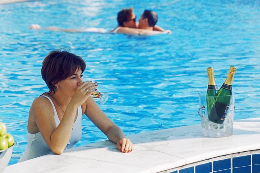 Cocktails, Sekt oder gar Champagner sind längst nicht bei allen All-inclusive-Angeboten inbegriffen