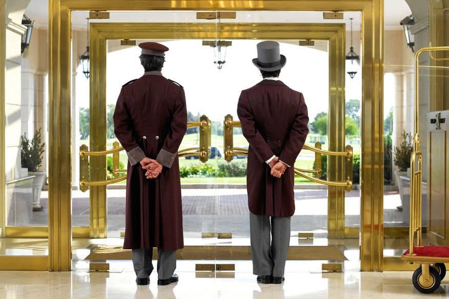 Was Hotelgäste nicht mitbekommen sollen, darüber berichten zahlreiche (Ex-)Mitarbeiter in Internet-Foren