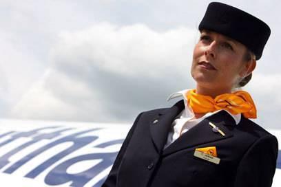 5 Harte Fragen Aus Bewerbungstests Für Flugbegleiter Travelbook