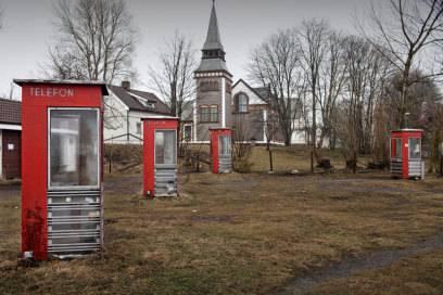 Die Telefonzellen können die Gefangenen zu bestimmten Zeiten nutzen, um mit ihren Lieben zu sprechen