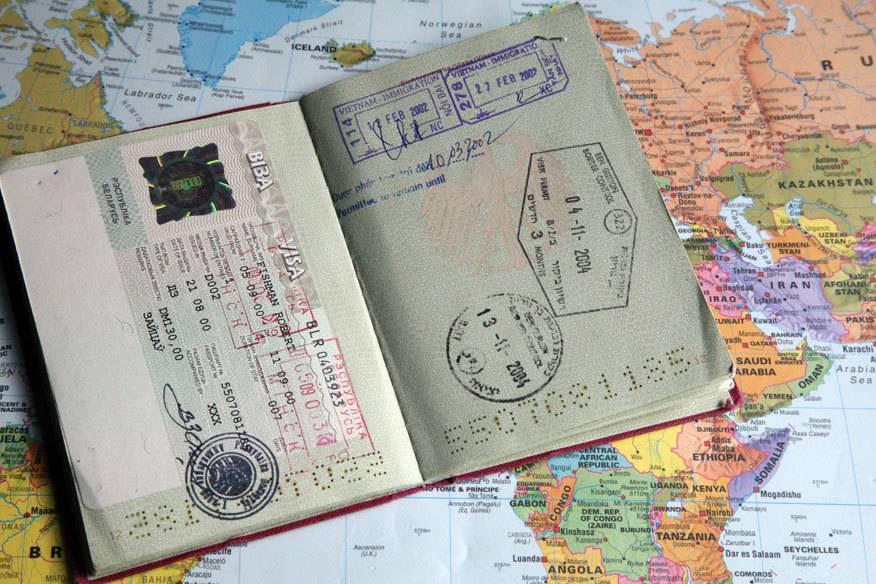 Wer viel in der Welt herumreist, dürfte zuweilen in Situationen geraten, in denen er gern noch einen anderen Pass dabei hätte