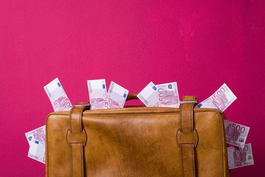 experten raten zahlen sie urlaubsreisen besser nie auf raten travelbook. Black Bedroom Furniture Sets. Home Design Ideas