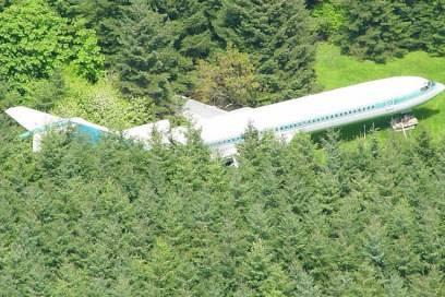 In seiner ausrangierten Boeing 727 hat Bruce Campbell etwa 99 Quadratmeter Wohnfläche