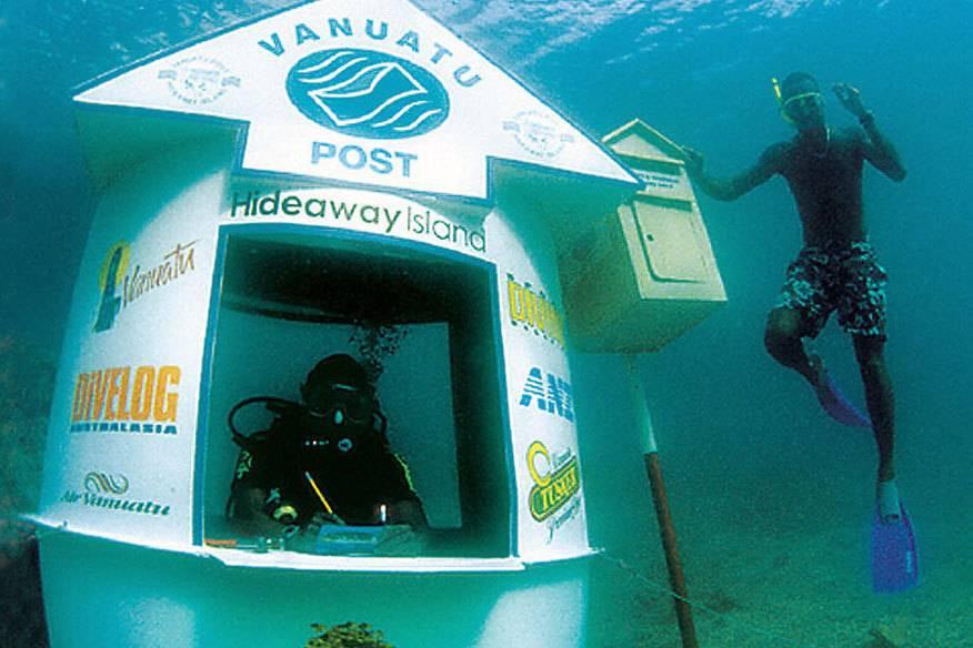 Wer würde von hier aus nicht gerne seine Urlaubsgrüße verschicken? Das Unterwasser-Postamt von Vanuatu ist das einzige seiner Art auf der Welt.