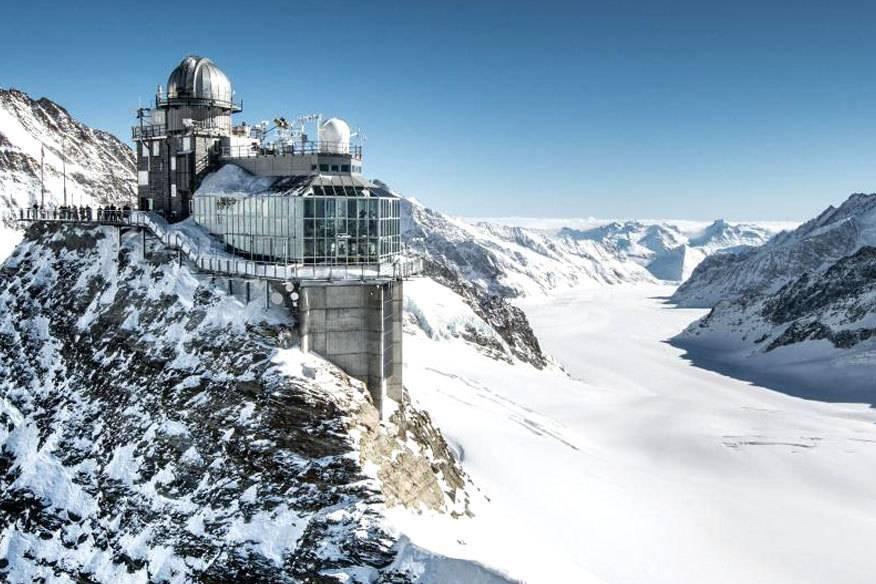 Vom Sphinx-Observatorium auf dem Jungfraujoch geht der Blick über den Aletsch-Gletscher
